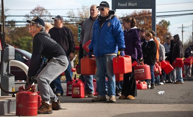İngiltere'de benzin krizi: Ordu devreye girebilir!