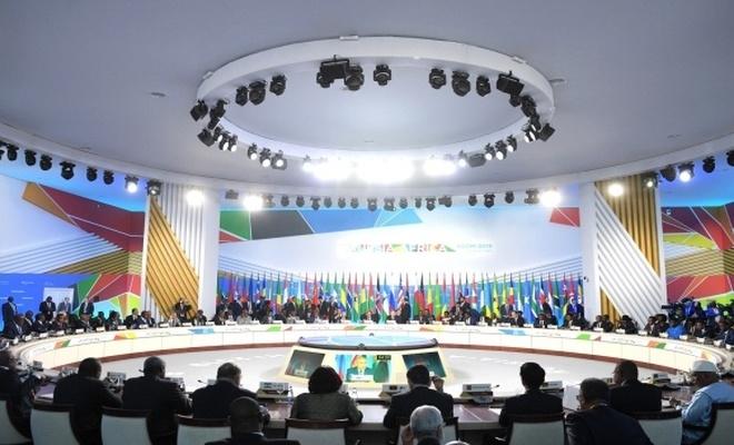 Rusya'dan bazı Afrika ülkelerine ücretsiz askeri tedarik