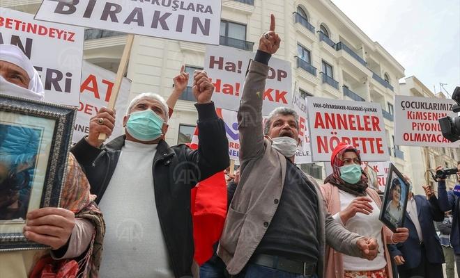 Diyarbakır'daki evlat nöbetinden, Vanlı ailelere destek