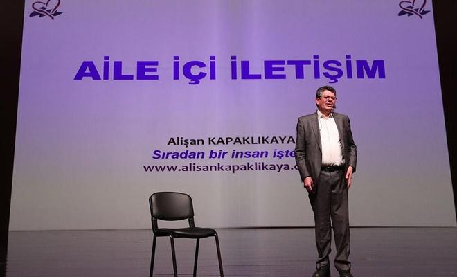 """Gaziantep'te """"Aile İçi İletişim"""" konulu konferans düzenlendi"""