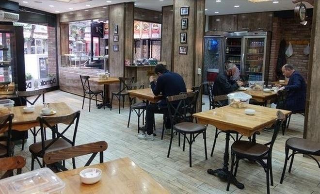 Kafe ve restoranlar için kötü haber! Bir an önce açılmayı beklerken...