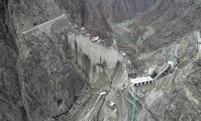Türkiye'nin en yüksek barajı bitmek üzere