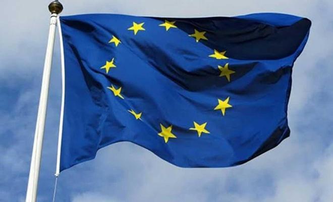 Avrupa Birliği Komisyonu Covid-19 nedeniyle 750 milyar euroluk kurtarma paketi teklif etti