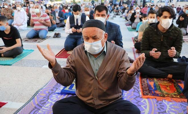 Ramazan Bayramı Kudüs ve Mescid-i Aksa'nın özgürlüğüne vesile olsun