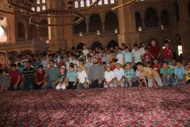 Adana`da bin çocuğa namaz eğitimi verildi