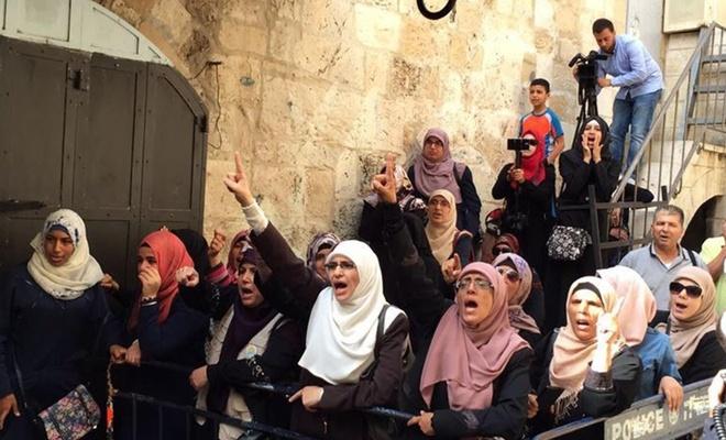 İşgalciler tekbir getirdi diye Kudüslü 4 kadını gözaltına aldı