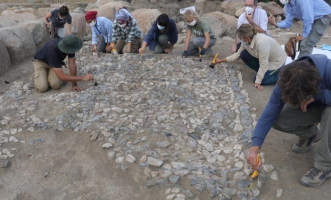 Tarihin bilinen en eski mozaiği Yozgat'ta bulundu