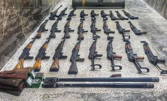 Azez'de PKK/YPG'ye ait çok sayıda silah ele geçirildi