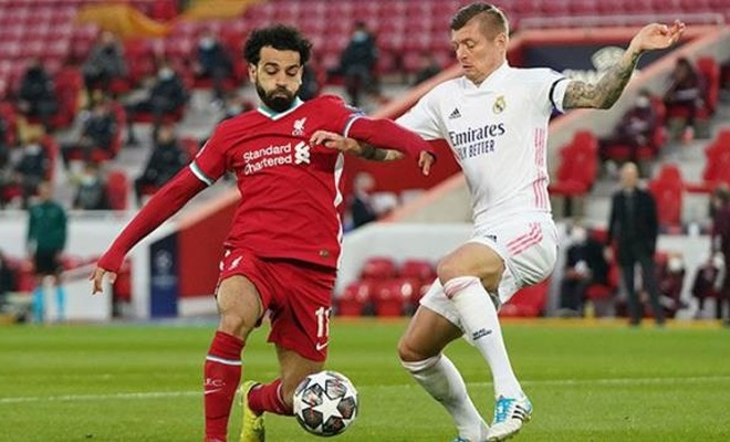 Şampiyonlar Ligi'nde Real Madrid, Liverpool'u eleyerek yarı finale yükseldi