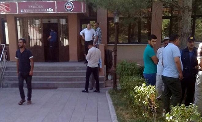 Erzincan`da silahlı saldırı: 5 ölü, 2 yaralı