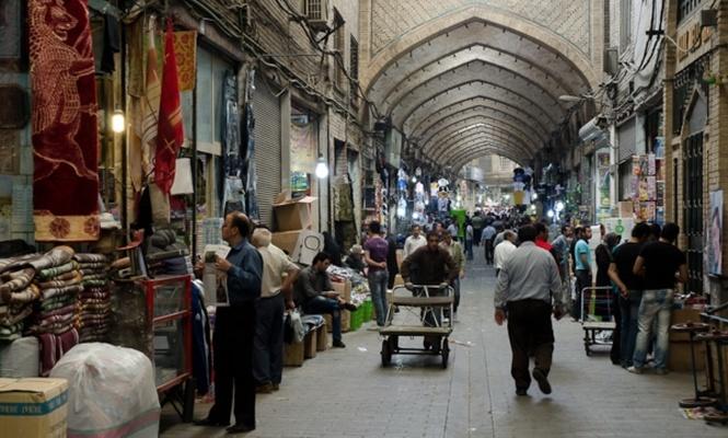 İran`da kaçak ticaret 12 milyar dolara ulaştı!