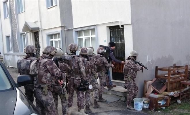 Balıkesir'de suç örgütüne operasyon: 10 gözaltı