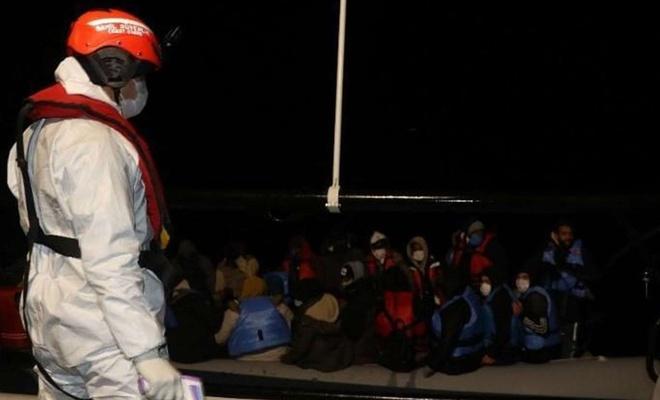 Geçen yıl Ege ve Akdeniz'de 12 bin 655 düzensiz göçmen kurtarıldı