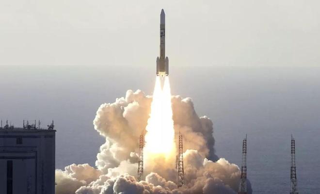 BAE Mars'a uydu gönderdi!