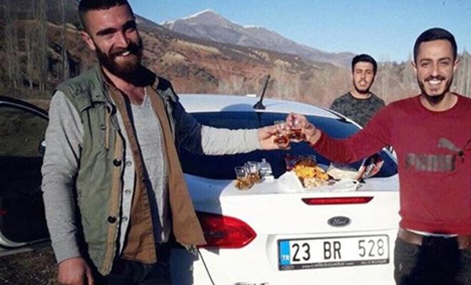 Pertek`te piknikten dönen arkadaşlar kaza yaptı: 3 ölü, 1 yaralı