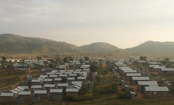 Etiyopya, Tigray'ı terk eden Eritreli mültecileri kamplara geri taşıyor