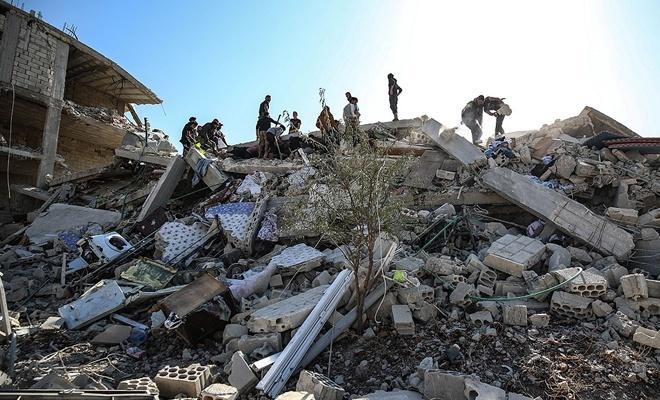 Rusya yine İdlib'de sivilleri katletti!