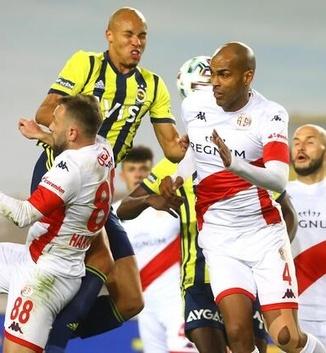 Fenerbahçe fırsatı kaçırdı