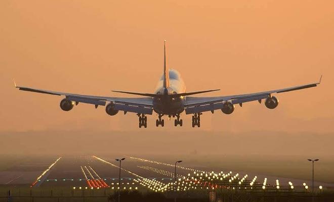 Dev hava yolları şirketi tüm uçuşlarını iptal etti