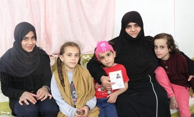 İLKHA`nın haberi Suriyeli annenin yüzünü güldürdü