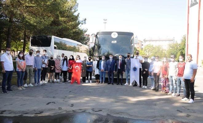 İkinci öğrenci kafilesi de Çanakkale ve Ankara'ya uğurlandı
