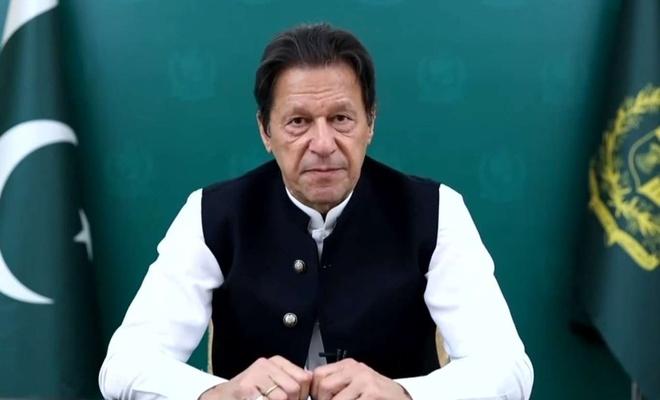Pakistan Başbakanı Han, Afganistan'a yardım çağrısında bulundu
