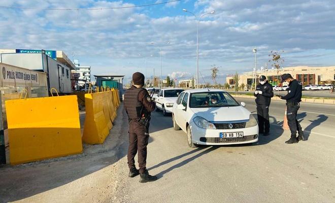 Şanlıurfa'da kısıtlamaları ihlal eden 247 kişi hakkında işlem yapıldı