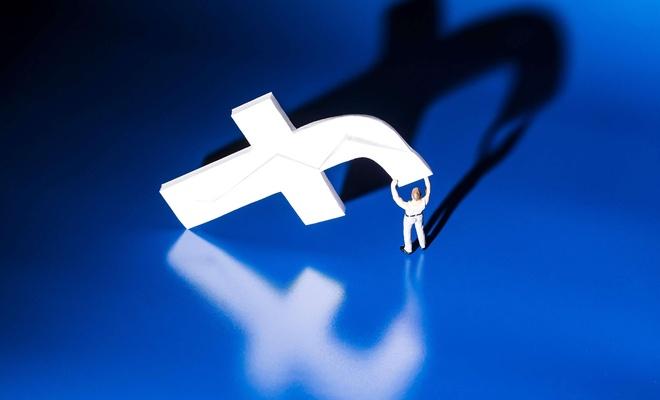 Facebook veri skandallarına rağmen hakimiyetini sürdürüyor