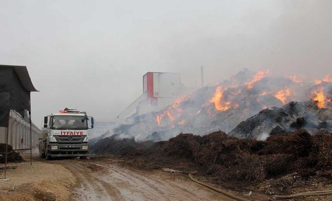 Adana'da fabrika yangını 40 saattir söndürülemedi