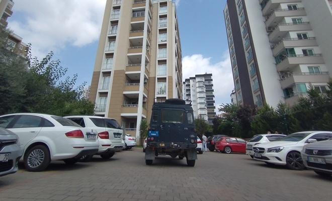 Adana'da özel harekat polisi evinde ölü bulundu