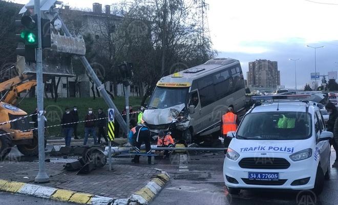 Küçükçekmece'de trafik kazası: 7 kişi yaralandı