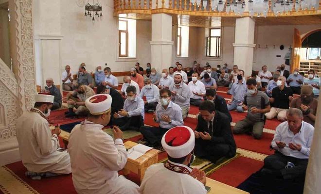 Mardin'de 15 Temmuz şehidleri için üç dilde Mevlid okutuldu