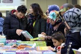 Kitap fuarını 250 bin ziyaretçi gezdi