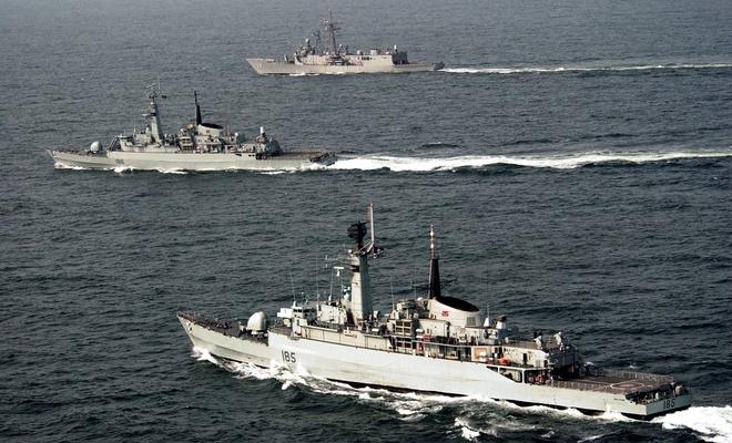 Azerbaycan Deniz Kuvvetleri Komutanı Pakistan Donanması ile Tanıştı