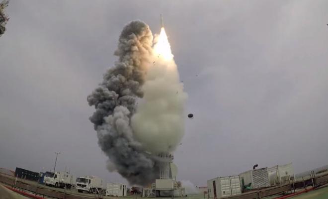 Dokuz uydusunu tek bir roketle uzaya gönderdi
