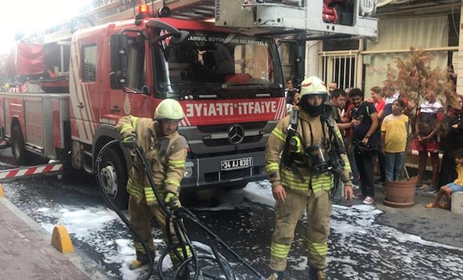 İstanbul Fatih'te otel yangını