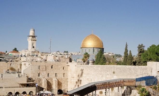 """Şeyh İkrime Sabri;""""İsrail sembol isimleri hedef alarak Kudüs'ü Yahudileştirmek istiyor"""""""