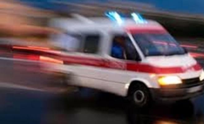 Kütahya`da otomobil şarampole devrildi: 1 ölü, 4 yaralı