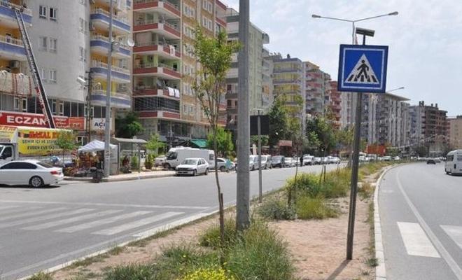 Trafikte yayalara ilk geçiş hakkı verildi
