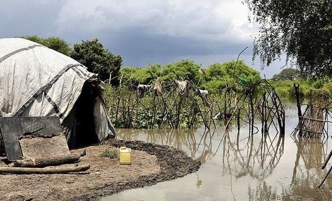 Kızılay Sudan'da sel mağduru binlerce kişiye insani yardım ulaştırdı