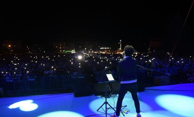 15 Temmuz  haftasında AK Partili  Belediyenin festival aşkı  tuttu