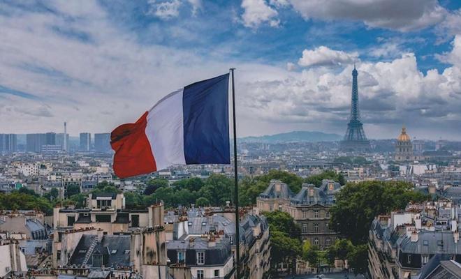 Fransa'da 30 Ekim'den itibaren sokağa çıkma yasağı uygulanacak