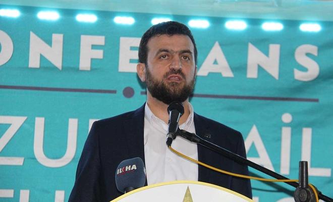 """Diyarbakır'da """"Huzurlu Aile, Umutlu Gençlik"""" semineri düzenlendi"""