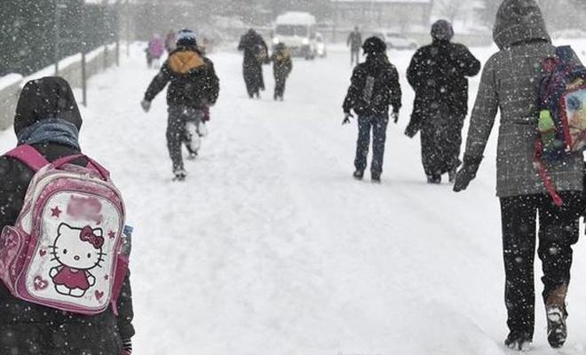 Edirne ve Kırklareli`nde eğitime kar engeli