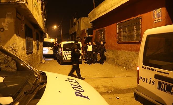 Adana'da maskeli 5 kişi polisi alarma geçirdi