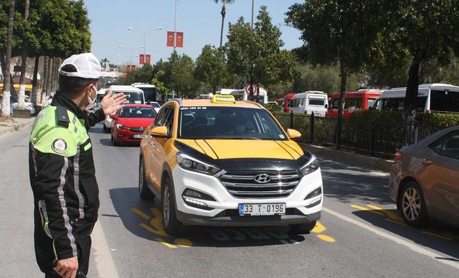 """Mersin'de """"Dinamik Denetim Süreci"""" tedbirleri kapsamında trafik denetimi gerçekleştirildi"""