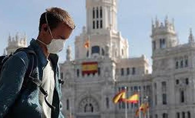 İspanya'da Korona virüs vakalarındaki hızlı artış yönetimi yeni tedbirlere zorluyor