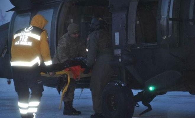 KOAH hastası helikopterle hastaneye ulaştırıldı