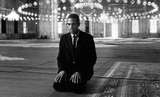 Irkçılıktan muvahhidliğe dönüşümün simgesi: Şehid Malcolm X