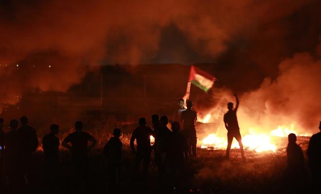 İşgal çetesi Gazze'de Filistinlilere saldırdı